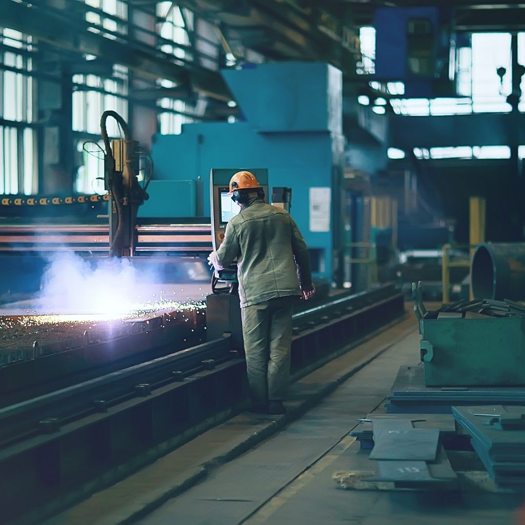 4 Electrical New Year's Resolutions for Manufacturers